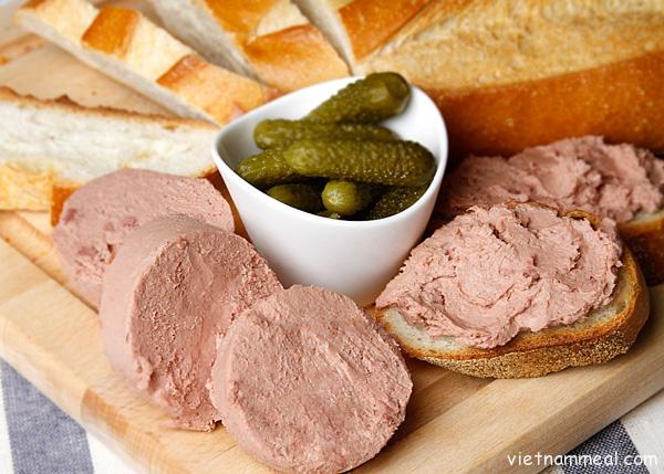 old bread pate